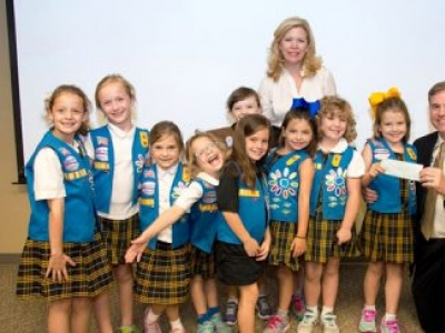 First Graders Donate Girl Scout Cookie Proceeds to BRG Regional Burn Center