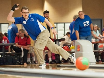Bowling in Style for Autism