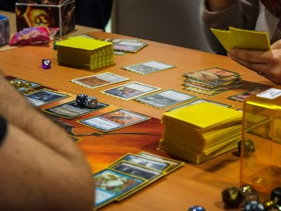 How to Play Magic: The Gathering