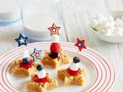 All-Star Fruit & Peanut Butter Treats