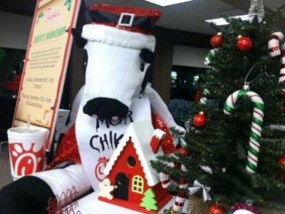 SANTA COW IS COMING TO TOWN