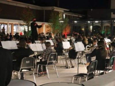 Parkview Baptist Band Performs in Renovated Courtyard