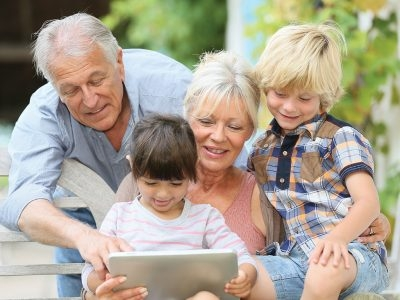 Who's the Boss? The Key to Successful Parent-Grandparent Relationships