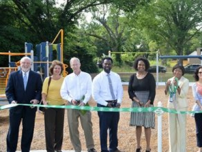 Spanish Town Park: Downtown East's Newest Park!