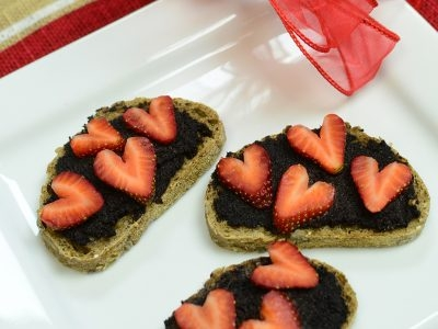 Chocolate Strawberry Bruschetta